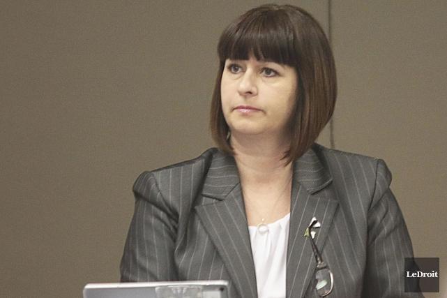 La ministre Marie France Lalonde estime qu'il est... (Etienne Ranger, Archives Le Droit)