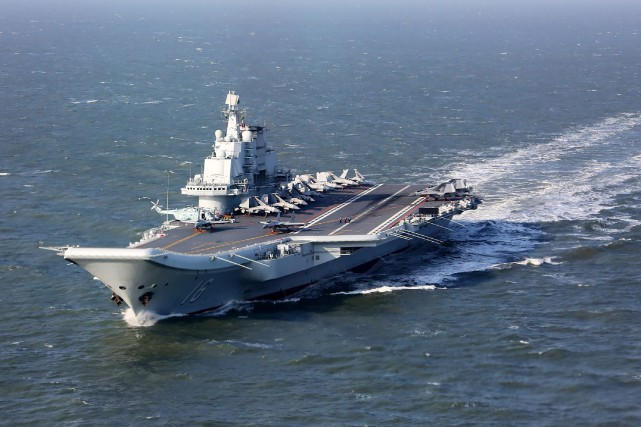Les experts estiment que le Liaoning (photo), un... (AFP)