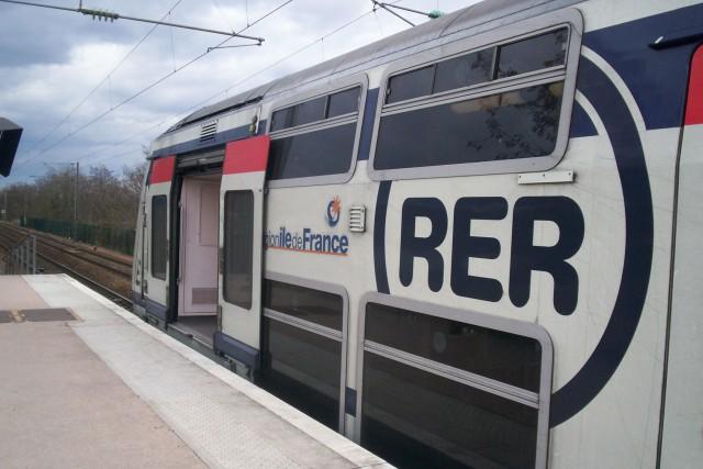 Le consortium Alstom-Bombardier a remporté mercredi le contrat du RER nouvelle... (Photo Wikipédia)