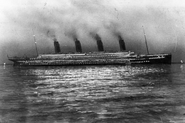 Le Titanic lors d'une escale à Cherbourg, en France,... (Photo Archives La Presse)