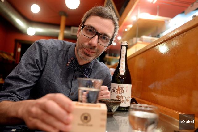 AlexisBernard, dégustateur et spécialiste du saké à Québec... (Le Soleil, Erick Labbé)