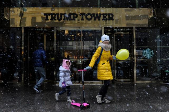 Donald Trump a confirmé qu'il cédait le contrôle... (PHOTO REUTERS)