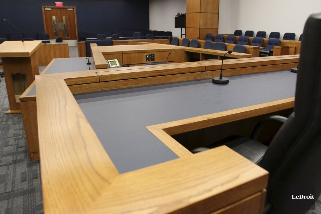 Récemment rénovée, cette salle du palais de justice... (Patrick Woodbury, Archives Le Droit)
