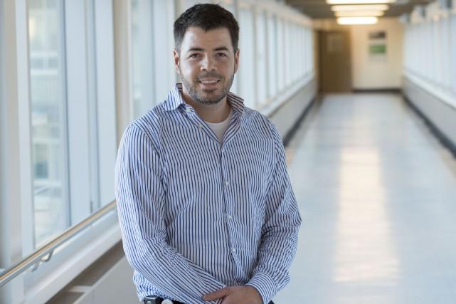 L'équipe du Dr Alex Carignan, microbiologiste-infectiologue et professeur-chercheur... (Spectre Média, Julien Chamberland)