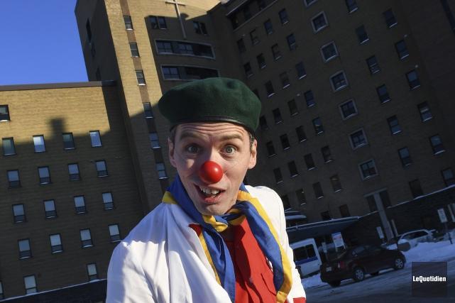 Le comédien Jonathan Boies est à l'emploi de... (Archives Le Quotidien, Michel Tremblay)