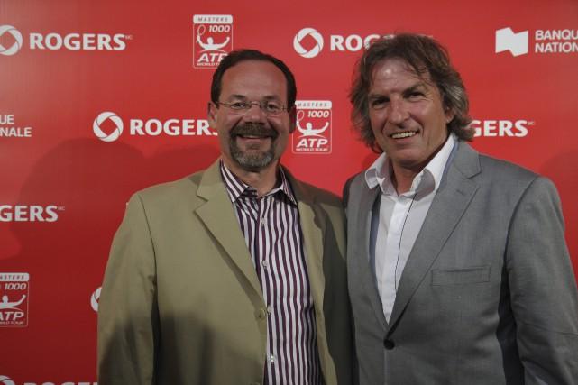 Michael Downey (à gauche) en compagnie d'Eugène Lapierre.... (Photo fournie par Tennis Canada)