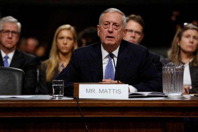 L'ancien militaire James Mattis dit soutenir la volonté de... (Photo Jonathan Ernst, REUTERS)