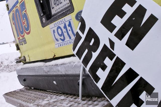 La FSSS-CSN représente au total 3600 ambulanciers paramédicaux,... (Hugo-Sébastien Aubert, archives La Presse)