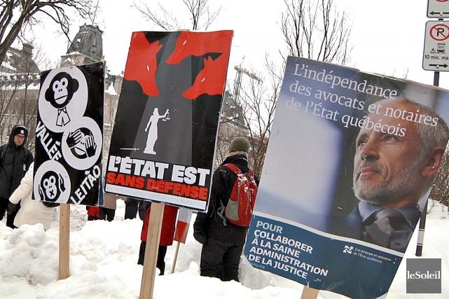 Les avocats et les notaires du gouvernement québécois... (Le Soleil, Frédéric Matte)