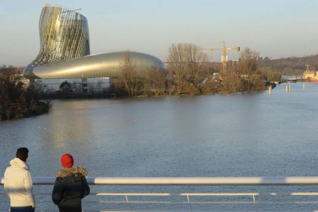 La Cité du vin à Bordeaux.... (PHOTO ARCHIVES AFP)