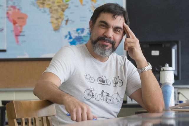 L'enseignant Daniel Rouillard est l'un des instigateurs d'une... (Spectre Média, Julien Chamberland)