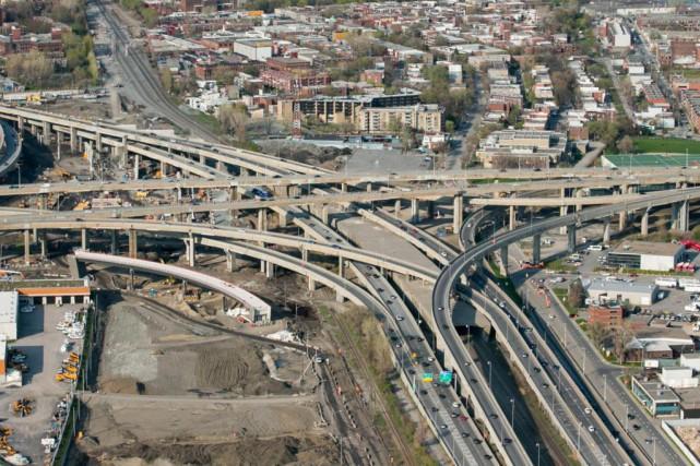 Les voies de circulation de l'A720 Ouest seront... (Photo Martin Tremblay, Archives La Presse)