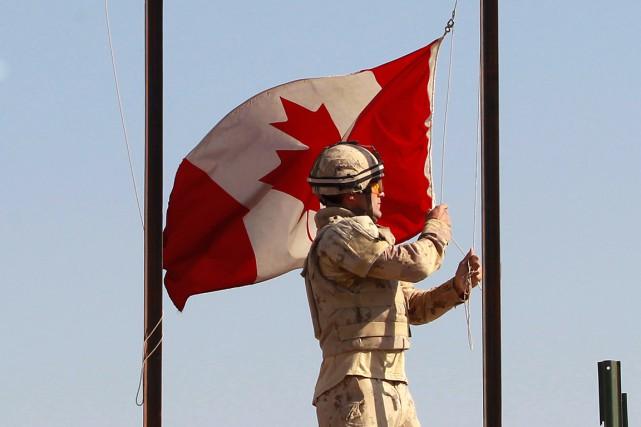 Sur cette photo, un soldat canadien en Afghanistan.... (Baz Ratner, archives REUTERS)