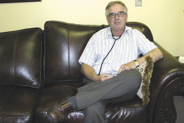 Le Dr Daniel Brochu, très impliqué et très... (Photo fournie)