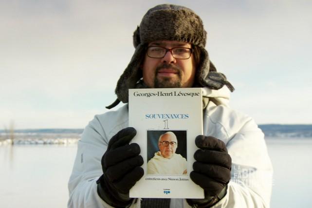 Le reportage nous conduit à Roberval où l'historien... (Courtoisie, Télé-Québec Saguenay-Lac-St-Jean)