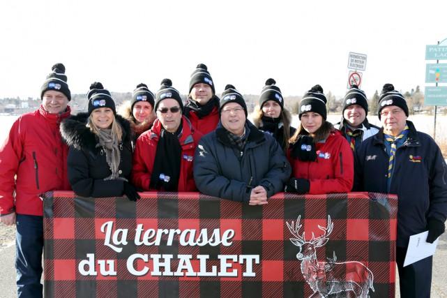 Le comité organisateur de Famili-Neige et ses partenaires... (Christophe Boisseau-Dion)