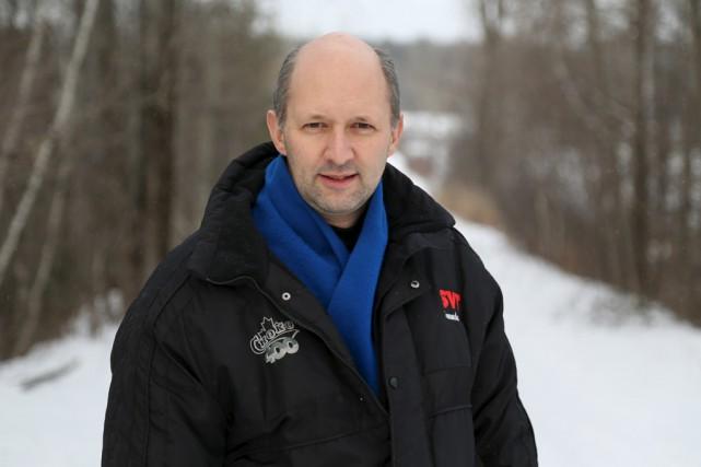 Jean-Maurice Saumier, ancien président des Motoneigistes du corridor... (Julie Catudal)