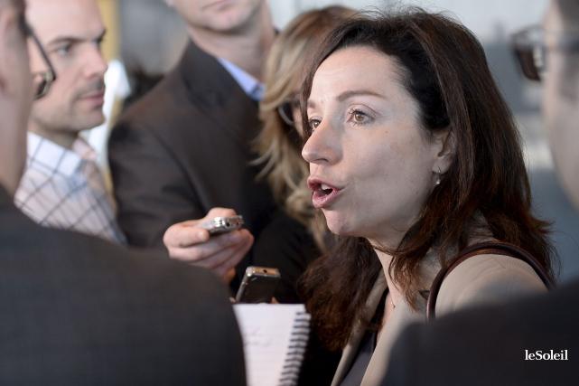 Martine Ouellet, samed, au conseil national du Parti... (Le Soleil, Yan Doublet)