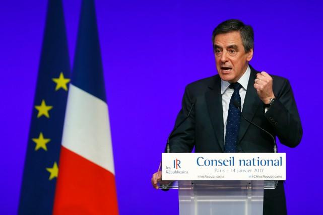 François Fillon est le candidat désigné pour Les... (Photo THOMAS SAMSON, Agence France-Presse)