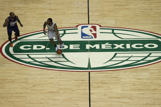 À court terme, la NBA veut organiser de... (Photo AP)