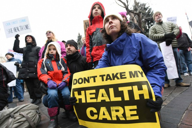 Une manifestation en faveur de l'Affordable Care Act... (PHOTO AFP)