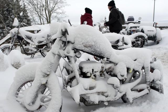 ÉDITORIAL / La vague de froid qui déferle sur le continent européen a jusqu'ici... (Associated Press)