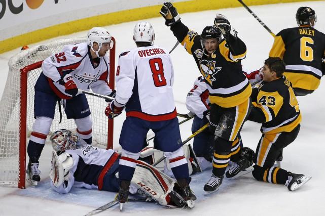 Les Penguins tiraient de l'arrière 3-0 avant d'inscrire... (Photo AP)