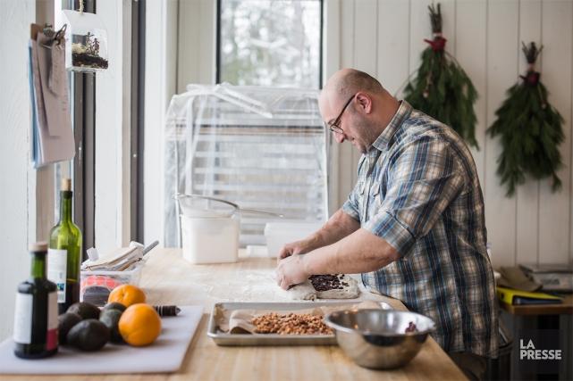Albert Elbilia, de la boulangerie Merci la vie,... (PHOTO ÉDOUARD PLANTE-FRÉCHETTE, LA PRESSE)