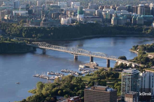 La rivière des Outaouais, à la hauteur d'Ottawa... (Photo Patrick Woodbury, Archives Le Droit)