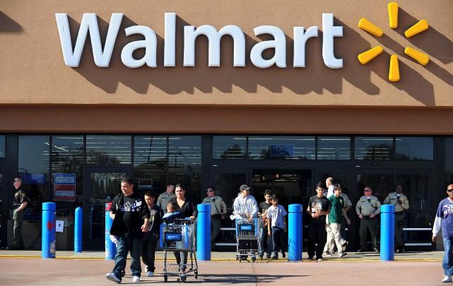 Walmart, déjà plus grand détaillant au monde, a... (Archives AFP)