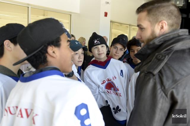 Des joueurs de hockey du Nunavik ont eu... (Le Soleil, Yan Doublet)