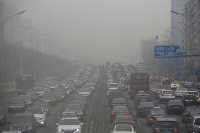 La Chine a interdit aux bureaux locaux de la météo d'émettre des alertes à la... (Photo Thomas Peter, archives Reuters)