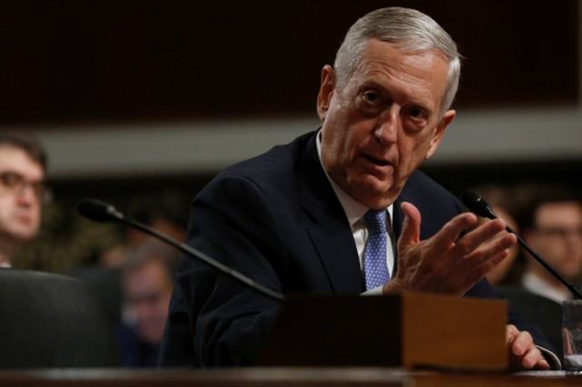 Le général James Mattis, 66 ans, est un... (PHOTO REUTERS)