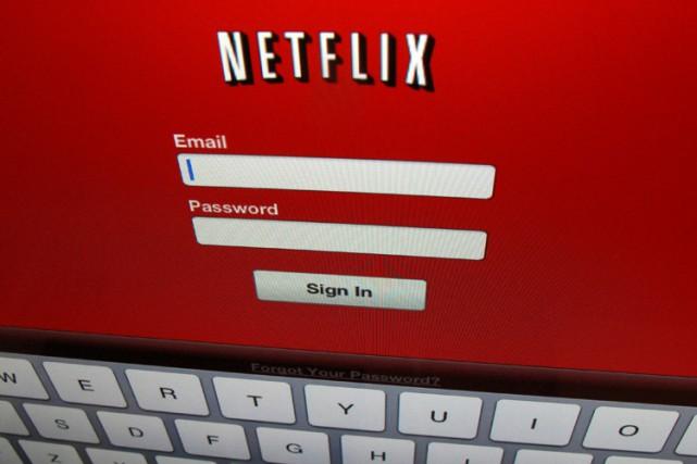 Netflix a annoncé mercredi le plus important gain trimestriel d'abonnés jamais... (PHOTO REUTERS)