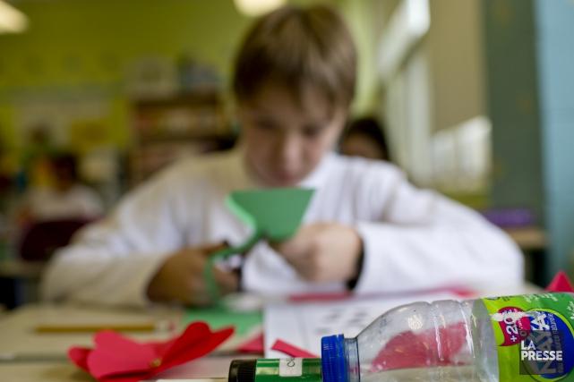 La commission scolaire maintient sa réduction du nombre... (archives La Presse)