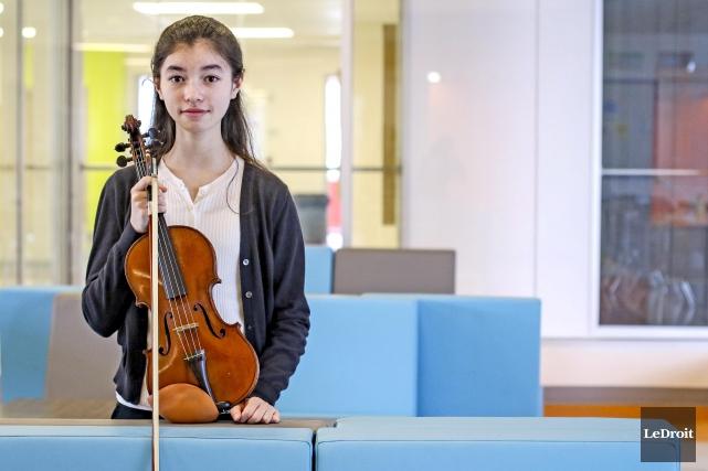 La jeune violoniste, Isabelle Hébert... (Patrick Woodbury, Le Droit)