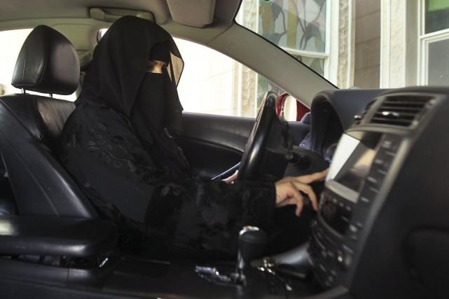 L'interdiction de conduire et le système de tutelle... (Photo Faisal Al Nasser, archives Reuters)
