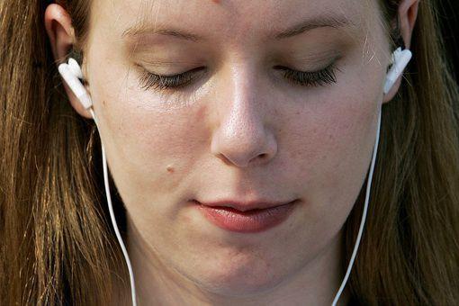 L'écoute de musique en ligne aux États-Unis a poursuivi sa croissance très... (archives AP)