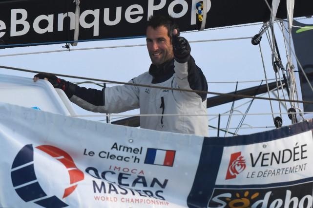 À bord de son monocoque Banque Populaire VIII,... (Photo Damien Meyer, AFP)
