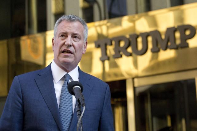 Le maire de l'État de New York, Bill... (ARCHIVES AP)