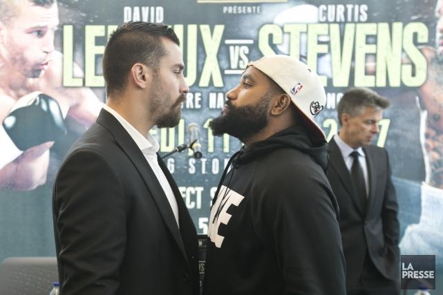 Le combat entre David Lemieux et Curtis Stevens... (Photo François Roy, La Presse)
