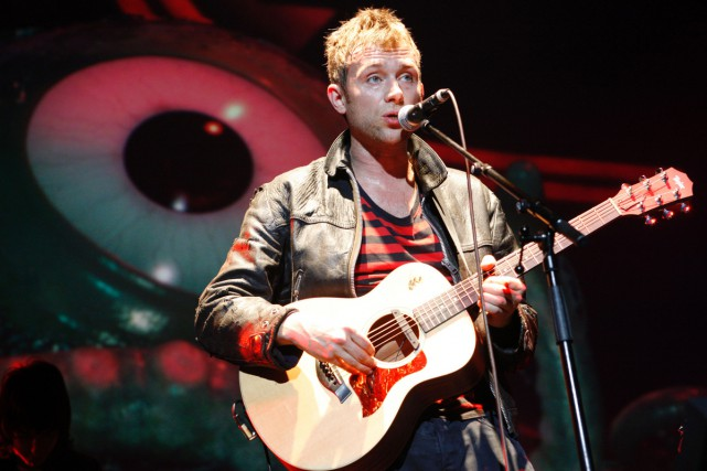 Damon Albarn, chanteur du groupe Gorillaz, en spectacle... (PHOTO ARCHIVES AFP)