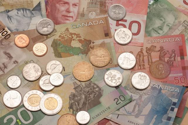 Bien que le salaire minimum soit un levier... (123RF)
