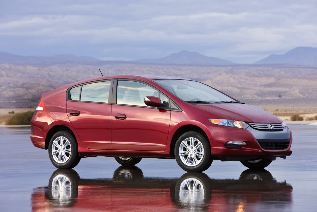 Une Honda Insight EX 2010.... (Photo : Honda)
