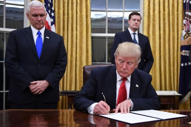 Le nouveau président n'a pas perdu de temps... (Photo AFP)
