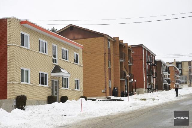 Les propriétaires d'immeubles locatifs contestent la méthode de... (Archives La Tribune, Jessica Garneau)