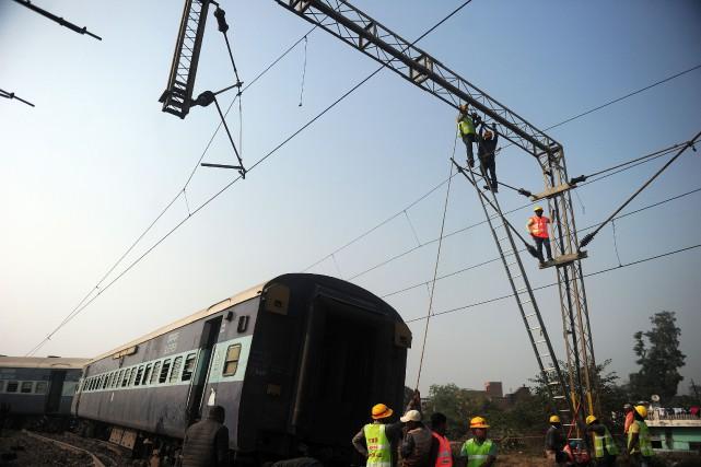 Le réseau ferroviaire indien, l'un des plus importants... (Photo archives AFP)
