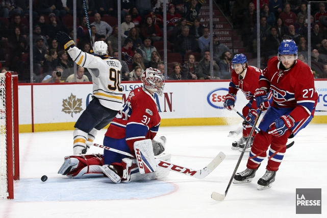 L'attaquant des Sabres Ryan O'Reilly célèbre le but... (La Presse, Robert Skinner)