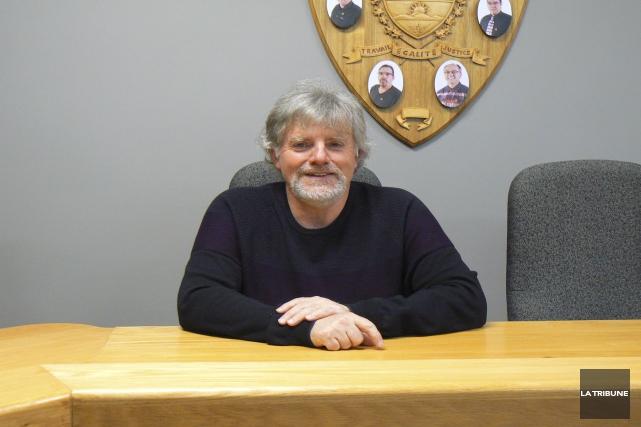 Luc Cayer, maire de Stoke et préfet de... (La Tribune, Julie Lupien)