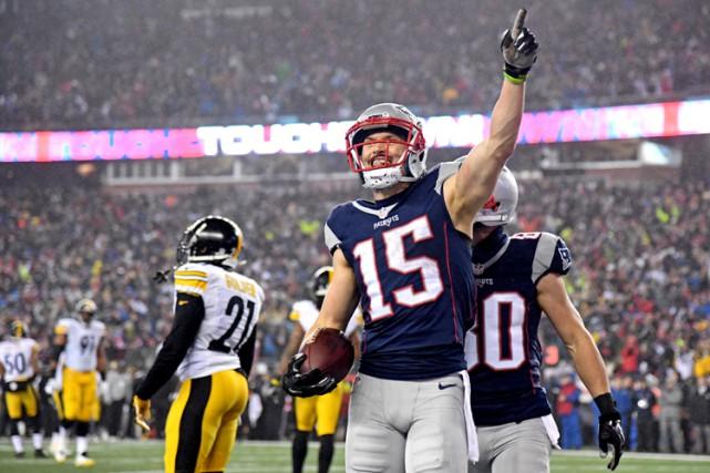 Les Patriots de la Nouvelle-Angleterre ont facilement défait les Steelers de... (PHOTO REUTERS)